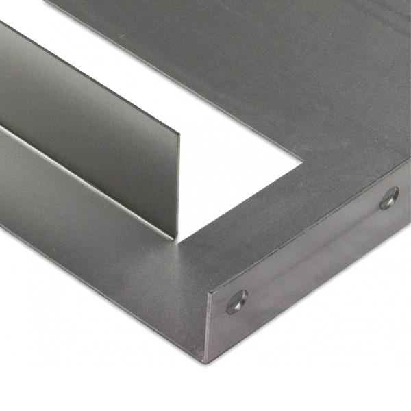 Pliages complexes de pieces de metal avec une grande precision