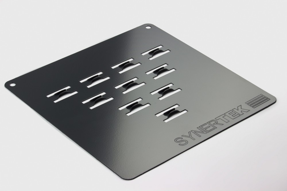 Embosse glissière pour le guidage des cartes électroniques