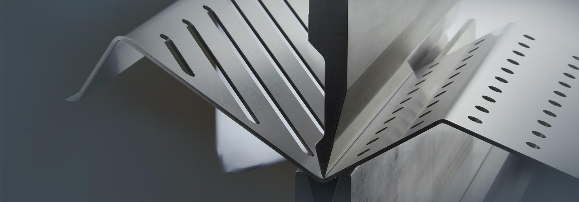 Fabrication de pieces de metal sur demande